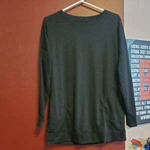 Black long sleeve with pockets